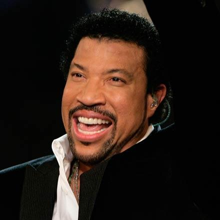 Lionel-Richie_closer_star_large