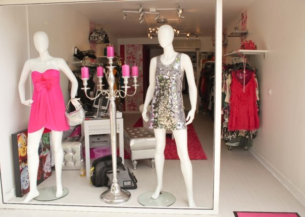 fashion's queen boutique photo 1